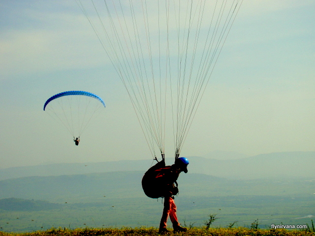 paragliding at tower hill kamshet