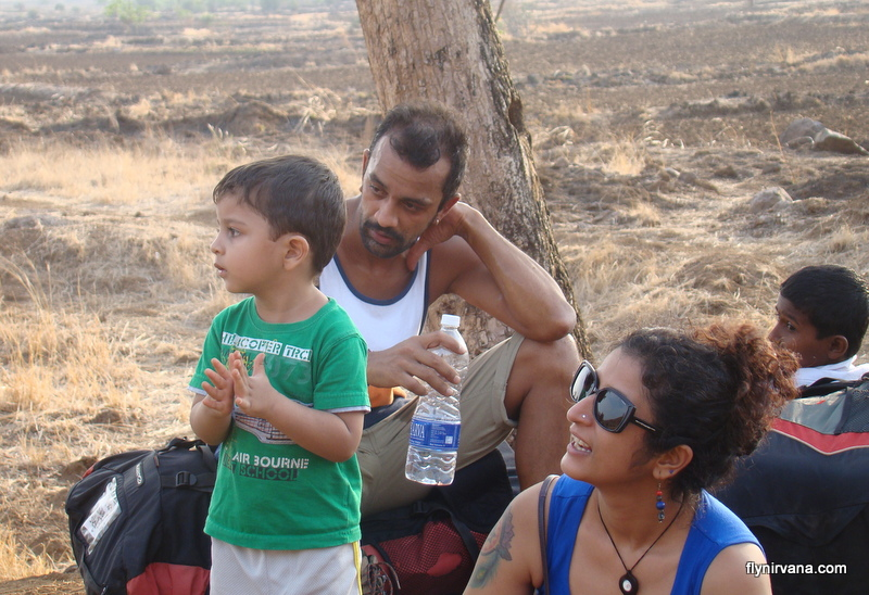 Piku and family at the flying site