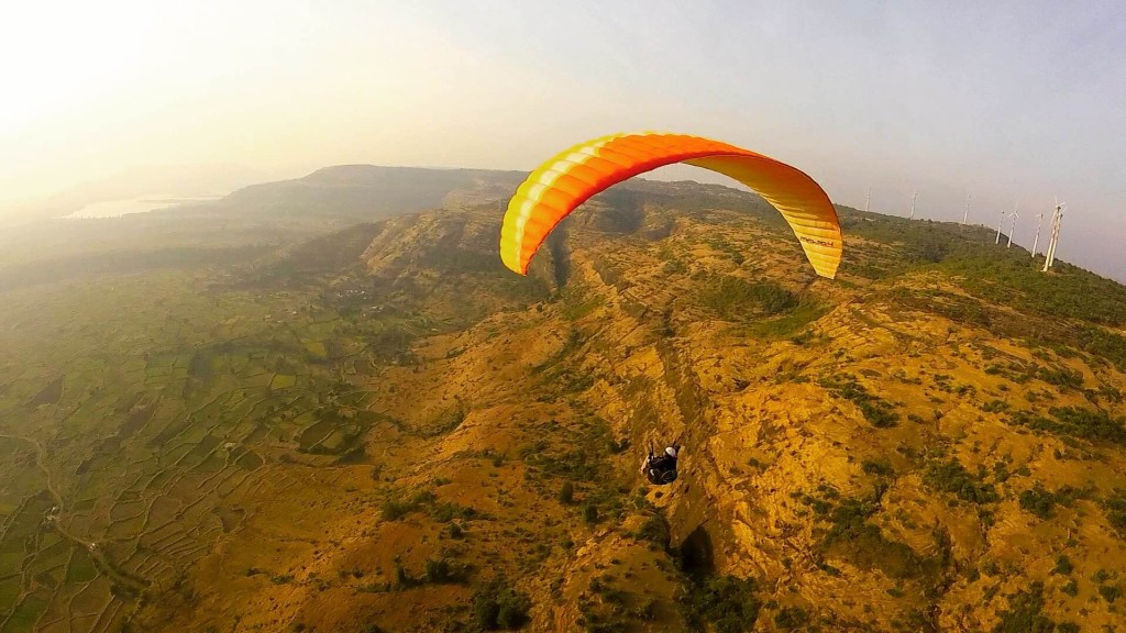 Paragliding at Shelar Hill, Kamshet